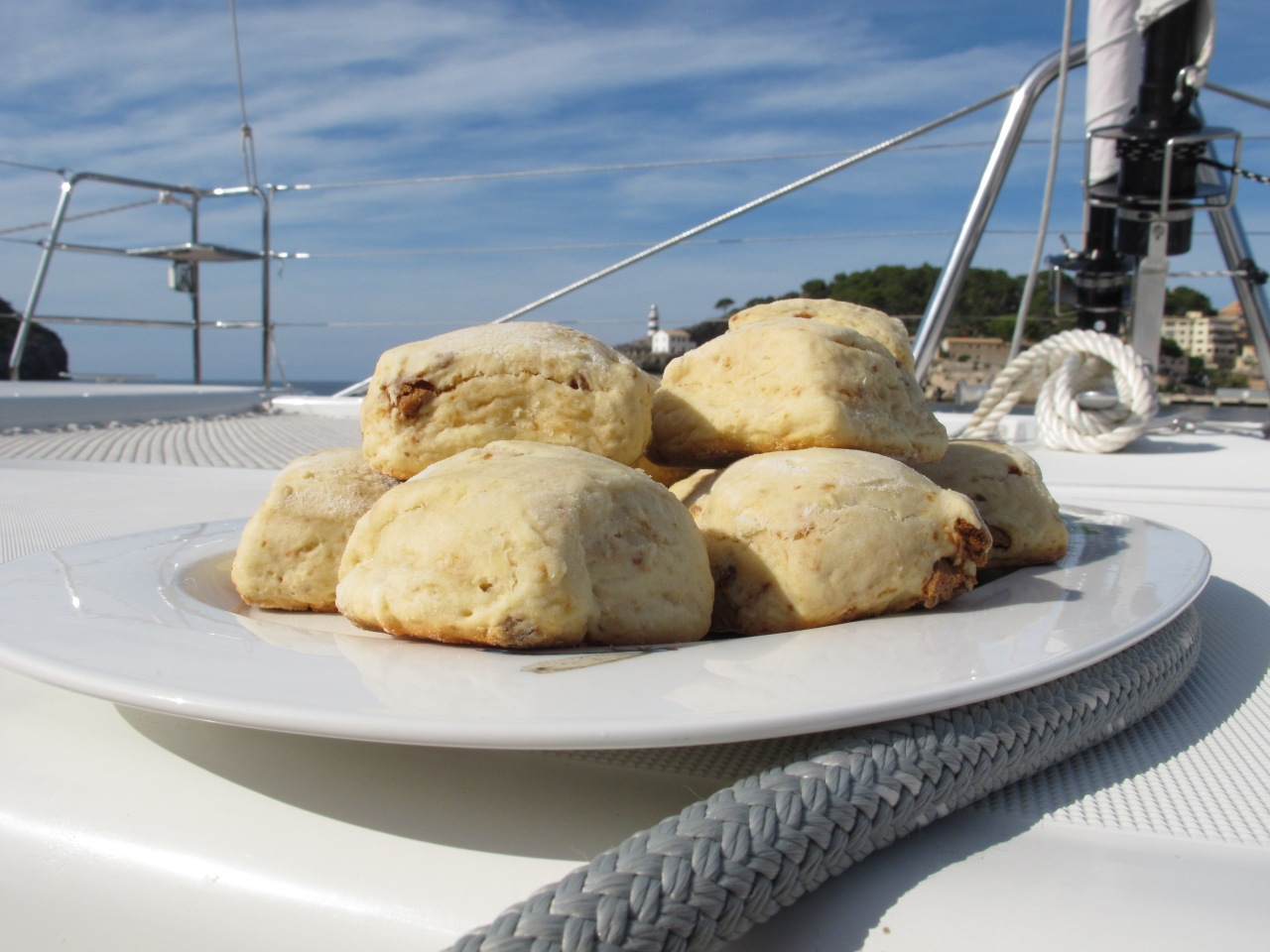Scones with speculoos