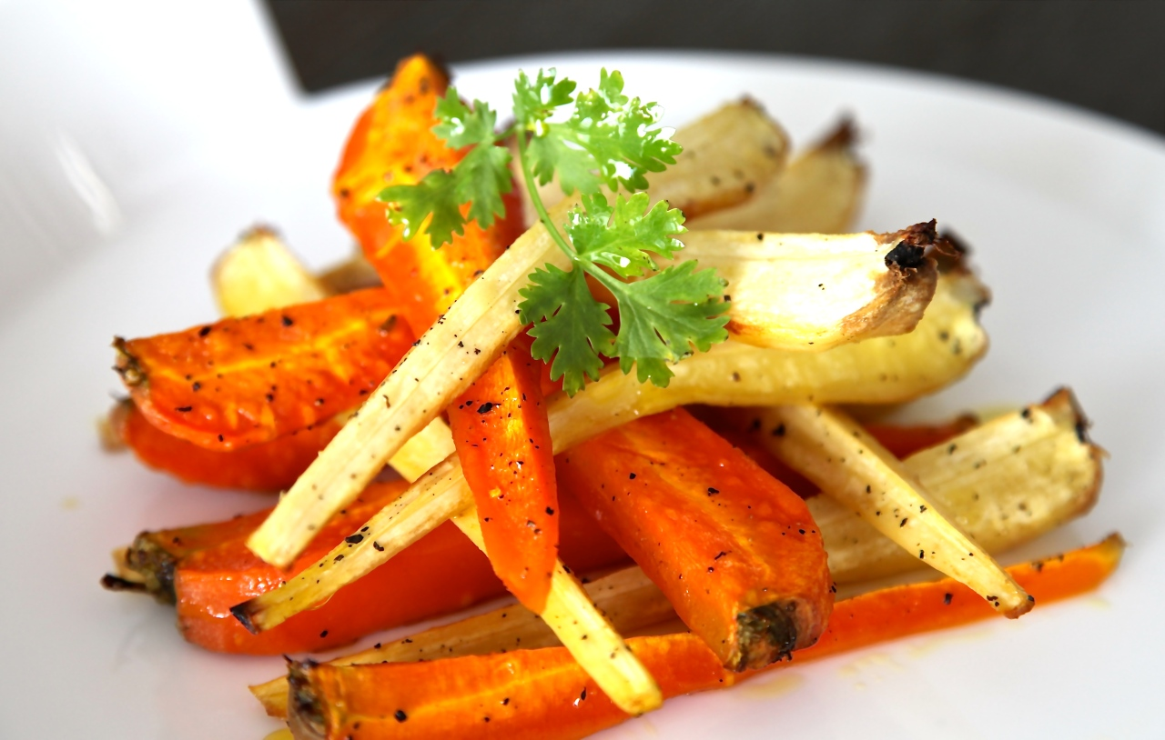 Delicious Autumn Treat: Caramelized Carrots andParsnips